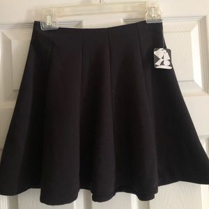 NEW WITH TAGS Urban Outfitters Black Skirt